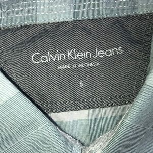 Men's Calvin Klein Jeans brand short sleeve shirt